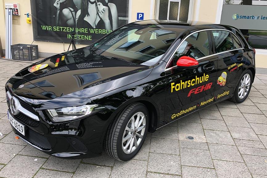 Sonderkonditionen für Fahrschulen für die Beschriftung in München